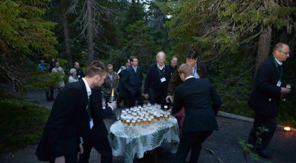 Welcome toasts at Ukko Koli
